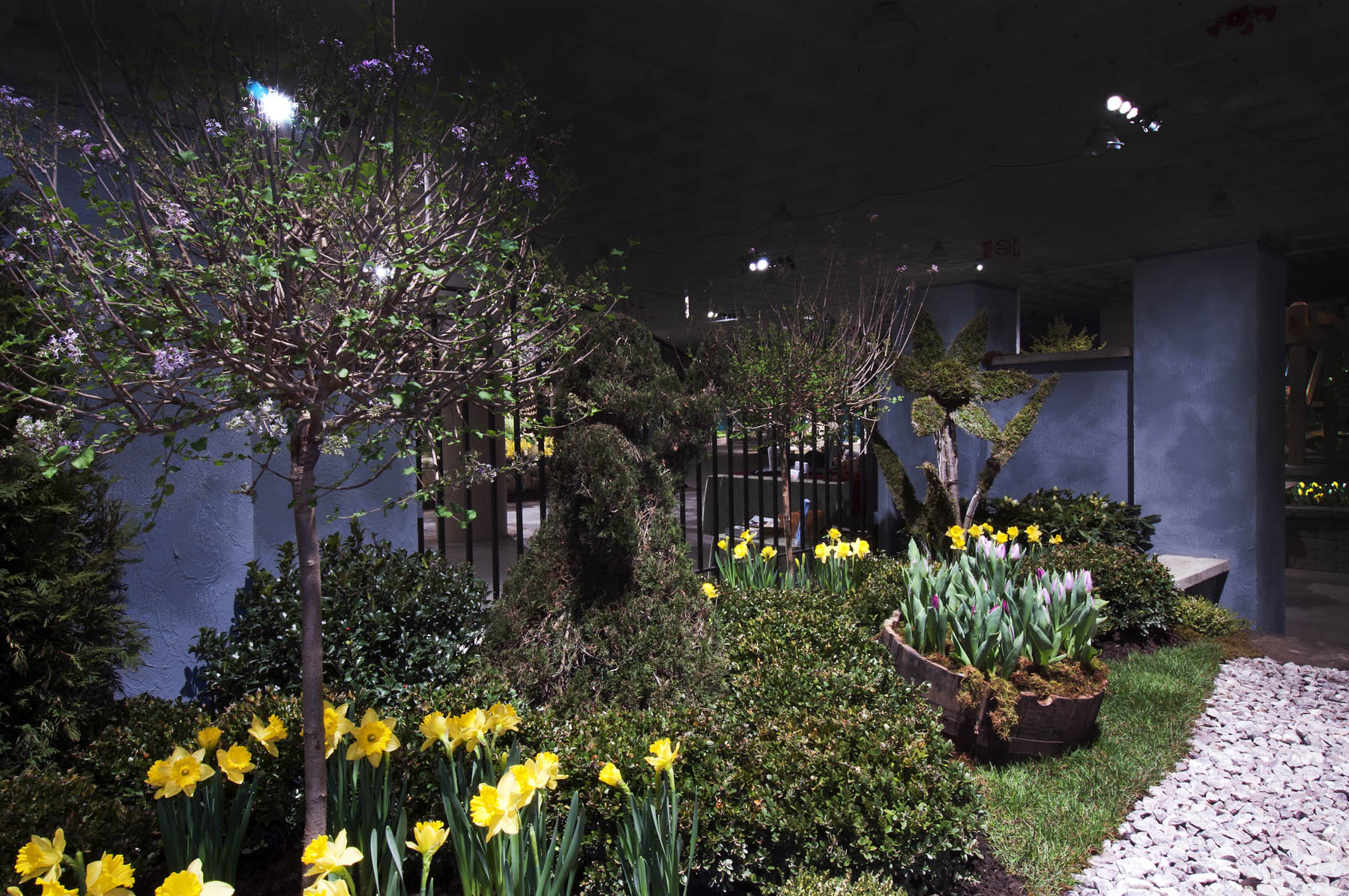 Edward scissorhands garden garden inspiration Cleveland home and garden show 2017