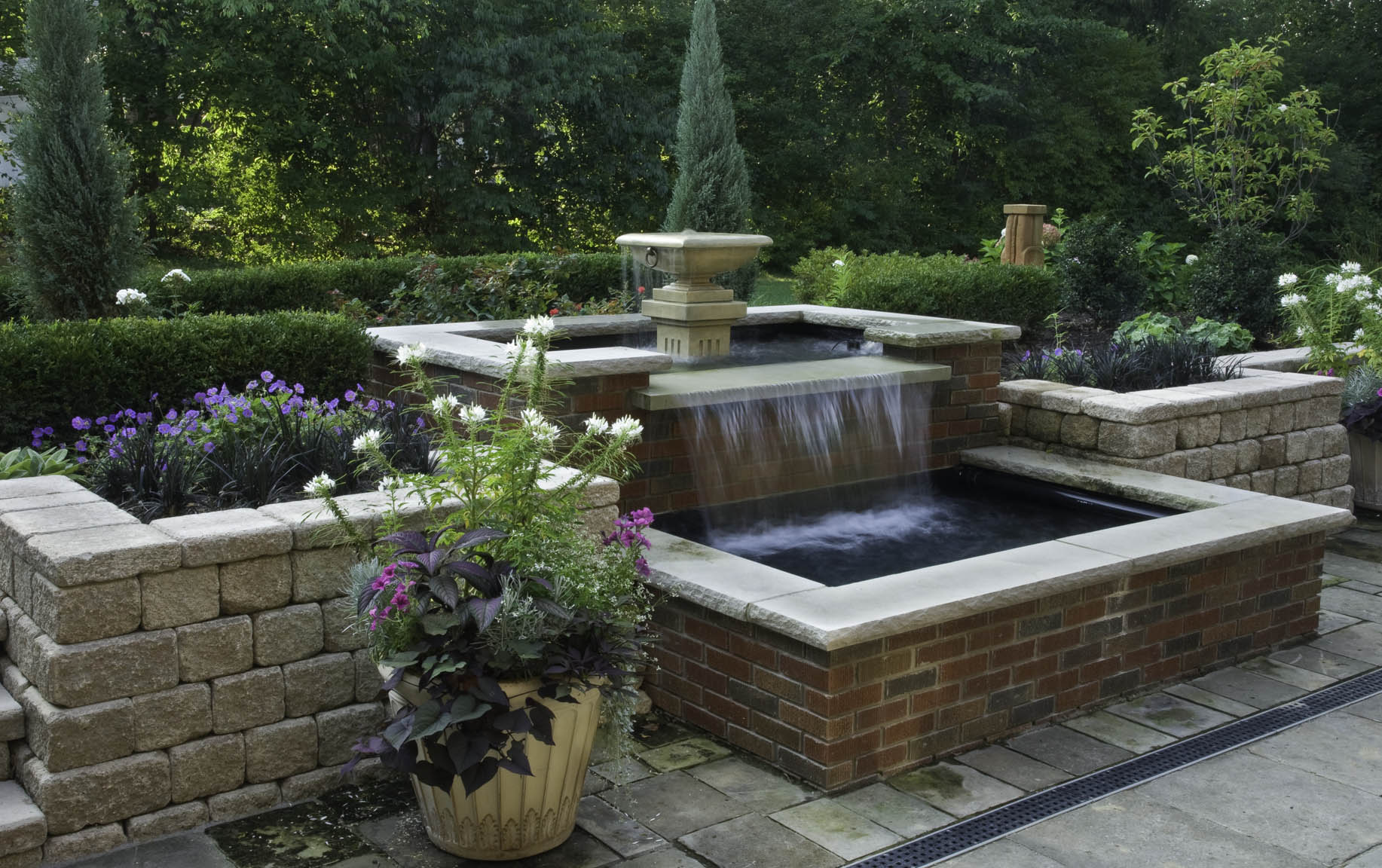 Stout-Water-Feature-4